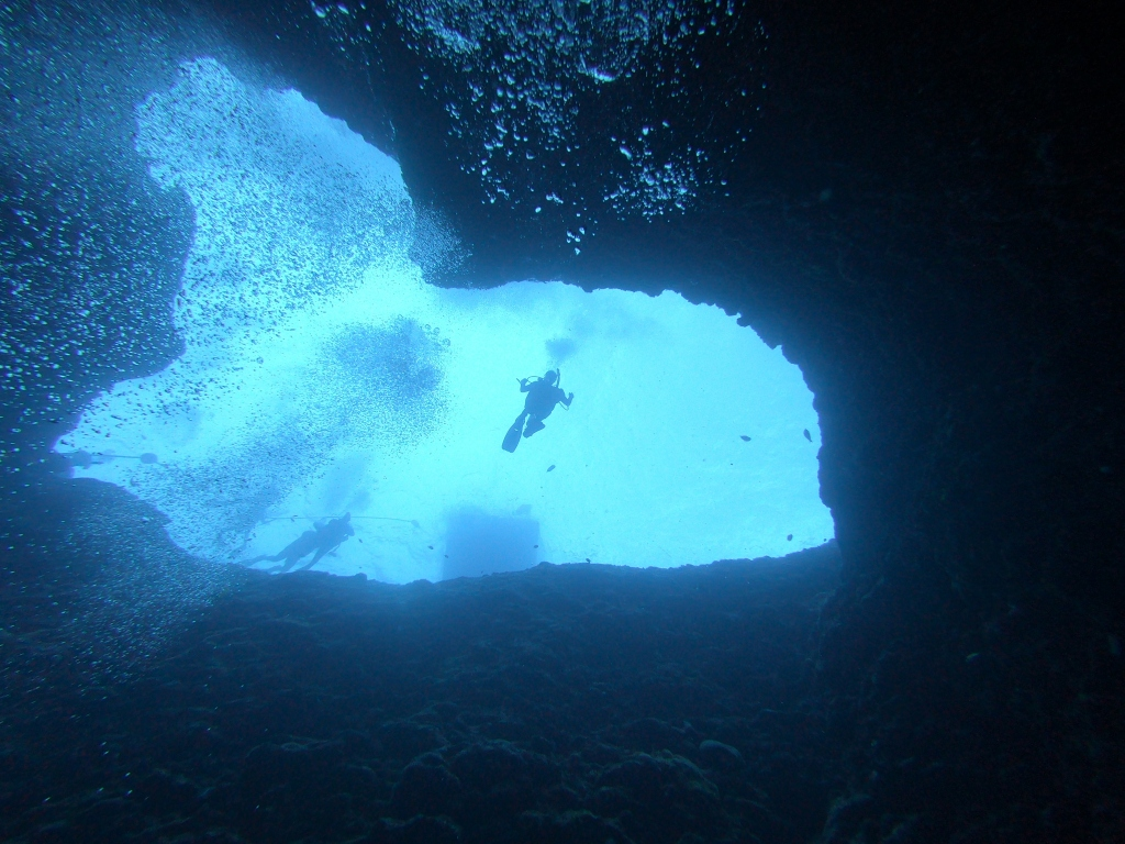 Scuba diving the Blue Hole in Guam