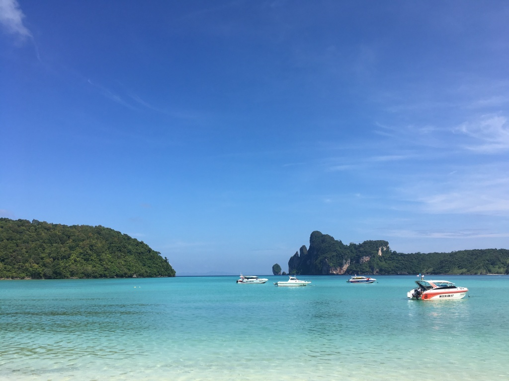 Crystal clear beach on Ko Phi Phi in southern Thailand