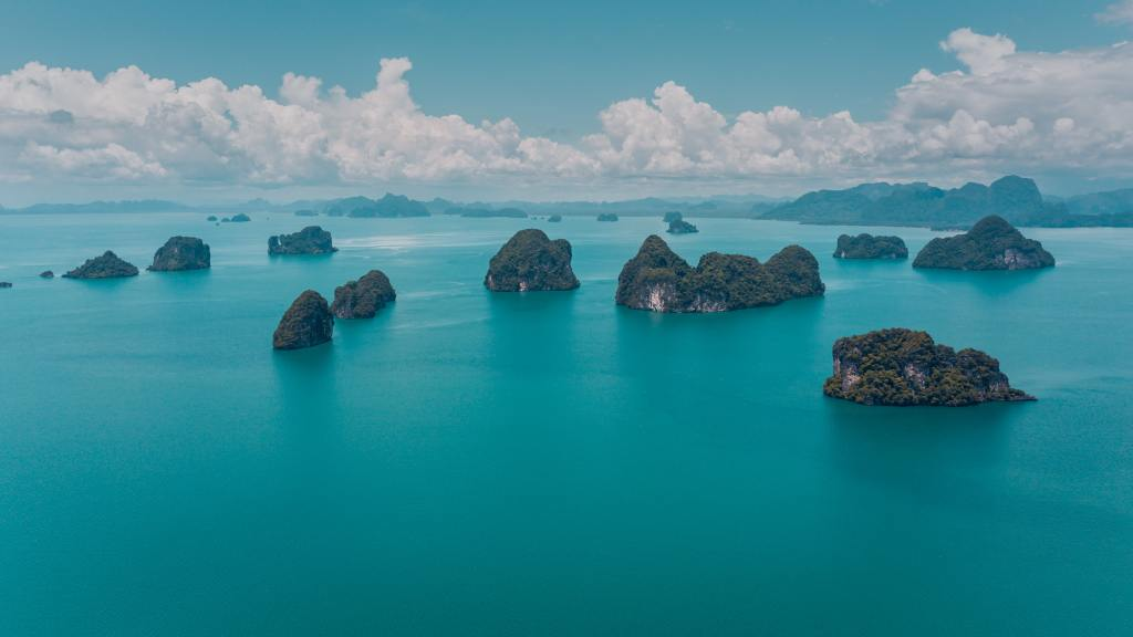 Book a scuba diving trip to Thailand!